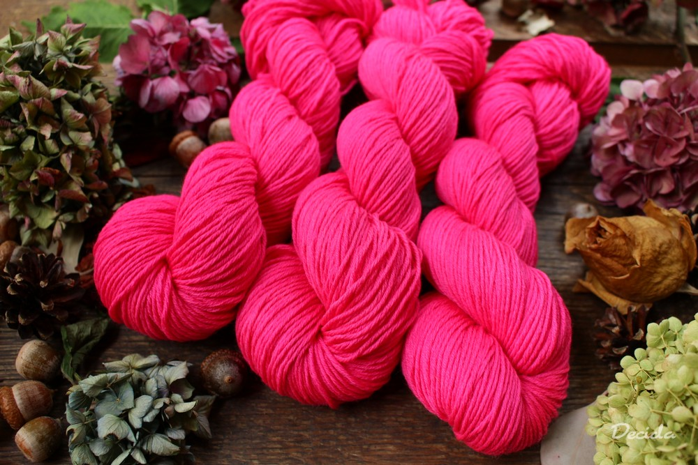 """Hot pink"" - extra MERINO se sw 4mm"